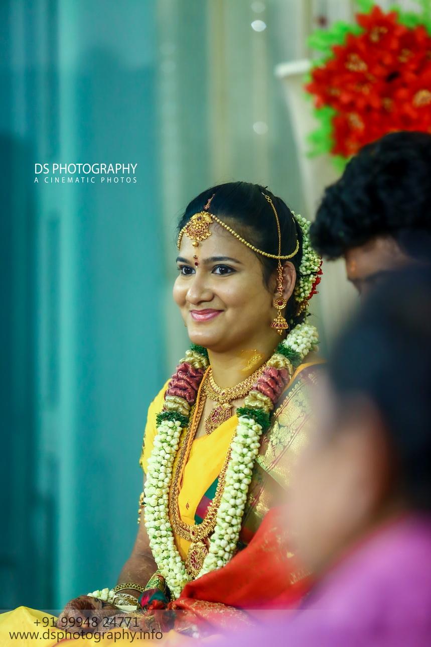 Best Candid Sourashtra Wedding photographer In Madurai